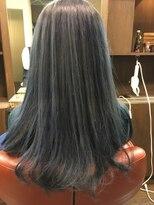 ヘアーメイク プリュム(Hair make Plume)シルバーカラー