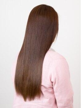 スリックの写真/クセ毛が扱いやすい万能ヘアに!期待以上の仕上がりと持ちの良さで毛先まで潤うサラツヤスタイル◎