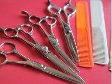 美容室 ラボンテの雰囲気(お客様の髪をデザインするこだわりのシザーセット。)