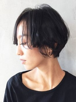 シンヤ ヘアーズ アニマ 泉大津(SHINYA HAIRS anima)の写真/【泉大津】白髪染めも楽しむ時代♪上品で深みのある髪色に、輝くツヤと透明感をプラスし、柔らかい印象に☆