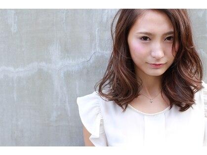 ドレス ヘアーアンドメイク(DRESS hair&make)の写真
