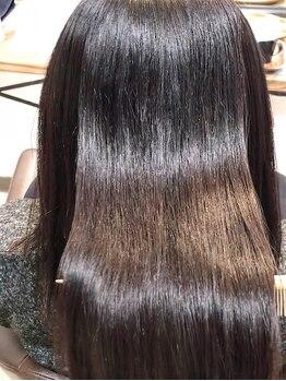 トゥリキャンバス(tRe canvas.)の写真/髪質改善・ヘアケアが自慢の[tRe canvas.]で自分史上最高のうる艶髪に♪毛先までしっとり滑らかな手触りへ