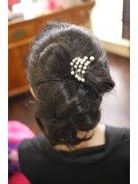キーナ(Organic Hair KI-NA)リボンのポニーテール