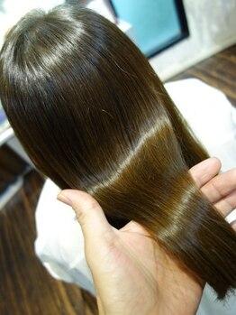 アトリエフィールの写真/天然100%ヘナを使ったオーガニック・トリートメントで本当の髪をケアを・・・
