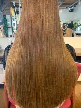 カーサ (CASA)の写真/【圧倒的ツヤ感☆自分史上最高の髪へ】超話題の高濃度水素(酸熱)トリートメントを極めたプロの手で♪