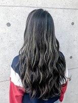 アールプラスヘアサロン(ar+ hair salon)ハイライトグラデーションゆるふわロング