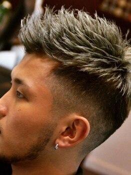 ハウディー(HOWDY)の写真/【フェード系/短髪が得意】できる男を創りだすフェードスタイル◇オトナのお洒落STYLEはココで手に入る!