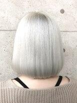 アールプラスヘアサロン(ar+ hair salon)ホワイトカラーボブディ