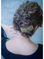 オゥルージュミュゼ(Aurouge)【aurouge musee 林碧】 波ウェーブ ルーズな編み込みヘア