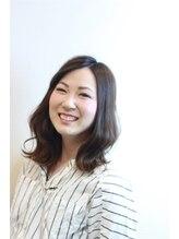 ヨンセンチメートルヒロサカ(4cm HIROSAKA)山田 友弥子