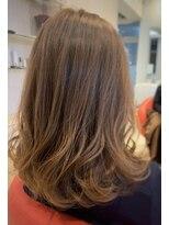 ヘアーリゾートラシックアールプラス(hair resort lachiq R+)《R+》グラデーションカラー☆アッシュゴールド