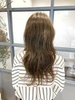 ティルヘアー(TiLL HAIR)オリーブグレージュ 深みと透明感と柔らかさ