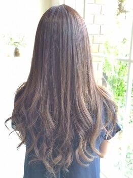 ザシラ(THE SIRA)の写真/艶の出る鮮やかな発色と上質な手触りで確かな変化を実感!カラーをするたびに毛先まで潤って美しくなる◎