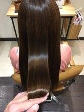 「最近、髪の手触りが良くない」と感じたら、髪の内側から改善するラブトリートメント! 【CUORE水戸】