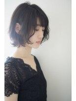 黒髪・暗髪でもオッケーふんわり大人ボブ【HANABUSA by afloat】