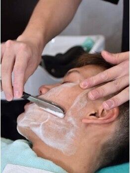 ブーテポルト(Beaute Porte)の写真/清潔感のある好印象なスタイルに☆普段剃れない額・鼻・耳など丁寧にお剃りします!