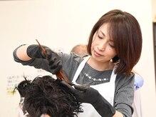 リフレッシュサロン ナックの雰囲気(髪と肌をいたわる美髪カラ―とツヤ髪再生.。手ぐしでまとまる。)