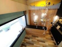 ヘアーサロン マロウ リゾート(hair salon MALLOW resort)の雰囲気(ウッド調のオシャレな店内で素敵なサロンtimeを..☆)