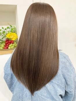 ヘアーリビング リコ 池袋西口店(hair living Liko)の写真/【池袋駅西口1分】話題の《髪質改善トリートメント》+カットが¥6000☆厳選されたトリートメント♪