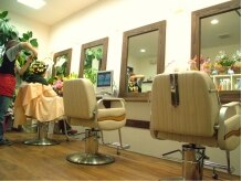 ヘアサロン きゅあ(Hair salon)の雰囲気(店内はナチュラルな雰囲気でくつろげる☆)
