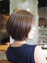 ノエル ヘアー アトリエ(Noele hair atelier)『Noele』シンプルショートボブ×イルミナオーシャン