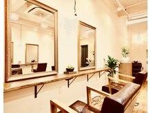 シューニャヘアー(Shunya hair)の雰囲気(ウッド調のプライベート空間で綺麗に、可愛く、カッコよく。)