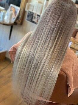 フリーク 土浦店(FREAK)の写真/最高級人毛で気軽にイメチェン★編込/シール取り扱い♪カラーの種類豊富!自然な仕上がりともちの良さが◎