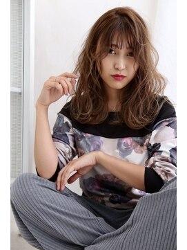 リジェール 黒川店【ドライヴカット】ゆるふわセミディ×アッシュベージュ