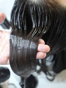 ヴォーグ vogue ヘアースタジオの写真/【美髪を作るヘアサロン】お客様1人1人理想の美髪を叶えるプロ集団!厳選TRで今までにない艶のある美髪へ♪