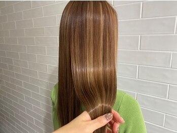 カシェ マエノヘタ(Cashe'e MAENOHETA)の写真/6種類の中から一人一人に合うトリートメントを選び、髪の表面だけでなく内側から補修し毛先まで潤う髪へ★