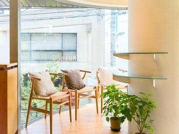 ヘアーサロン ニュアンス(HAIR SALON nuance)の写真/お客様にほっとリラックスして頂ける居心地の良い空間を。あなたのキレイを最大限に引き出すサロン。