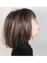 [+1unluke]2018-A/W/外国人風×インナーカラー×グリーン