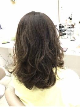 グラップ ヘアー メイク glap hair makeの写真/ダメージレスに行うパーマでお客様一人ひとりに合わせたヘアスタイルを提案!!忙しい朝も簡単スタイリング♪