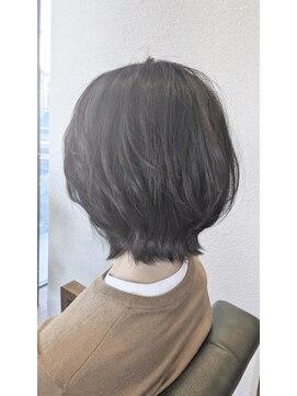 シンクサロン(Think Salon)外ハネ ミディ