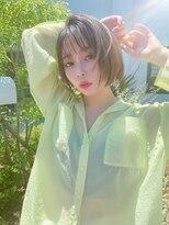 アミ(Ami)夏の日差しを浴びたショートカット