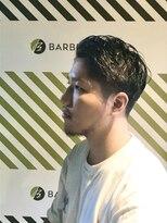 BARBER-BARのサイドパートスタイル