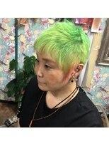 ロコマーケット 下北沢店(hair meke Deco.Tokyo)いっそ派手に!白髪を生かした派手髪
