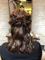 アイビーヘアー(IVY Hair)ハーフアップスタイル