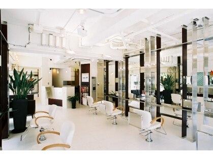 ヘアメイクサロン サロンエー(Salon A)