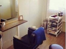 ヘアーラウンジ ローゼスセカンド(Hair Lounge ROSES 2)の雰囲気(ゆったりとできる、完全個室空間に生まれ変わりました♪)