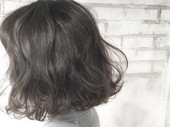 ヘアーアンドフェイシャルキング(Hair&Facial King)の写真/【セットが苦手な方におすすめ☆】パーマの種類も豊富なのであなたに一番似合うスタイルがきっと見つかる♪