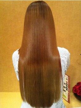 エムスタイル(M-style)の写真/【東岸和田】まるでシルクのような質感♪1度の施術で奇跡のツヤを実感☆髪質改善にぜひ『ヘアエステ』を◎