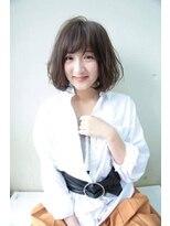 ヘアメイク シュシュ(Hair make chou chou)グレージュふんわりボブ【chou-chou 北林夏実】
