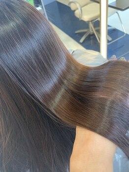 シエスタヘアープラス(Siesta hair plus)の写真/【話題の酸熱トリートメント◆】カラーや縮毛矯正と併用することで髪のダメージを抑えハリ・コシのある髪に