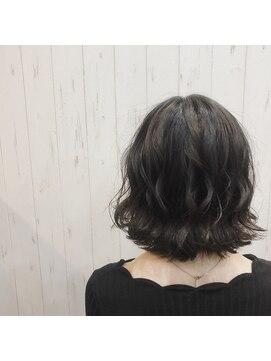 プロキシムヘアワークス(proxim hair works)外ハネボブ