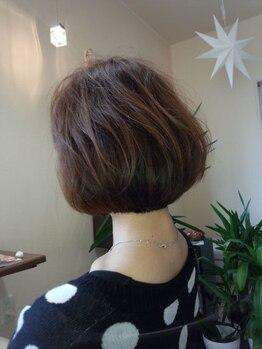 マローンヘア(marron hair)の写真/《大人ショート・ボブがトレンドに★》年齢問わず人気のStyleであなたの個性をぐっと引き出します♪