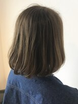 フレイムスヘアデザイン(FRAMES hair design)アッシュベージュ×カーキハイライト×ワンカールボブ
