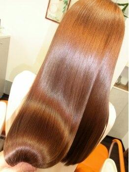 ヘアアンドメイク エンジェル 川越(HAIR&MAKE Angel)の写真/髪をストレートにしながらM3Dのミネラルを弱った髪に補給してくれる【M3Dエステストレート】