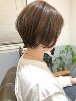 【高塚栞里】20代30代◎大人丸みショート 小顔 透明感カラー