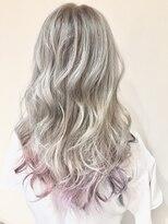 ホワイトカラー×ピーチピンク裾カラー